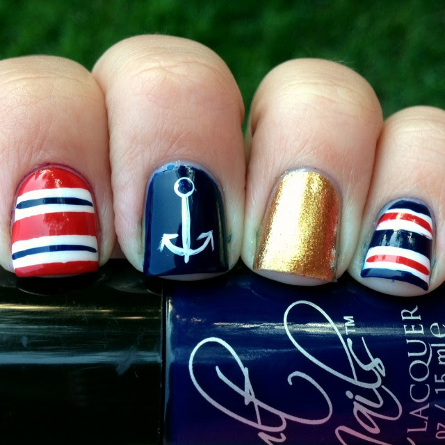 nautical-nails-2 (1)