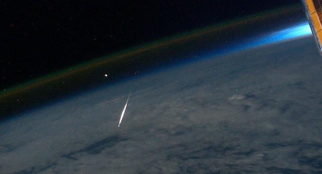 Perseid Meteor Seen From Space (NASA, International Space Station, 8/13/11)