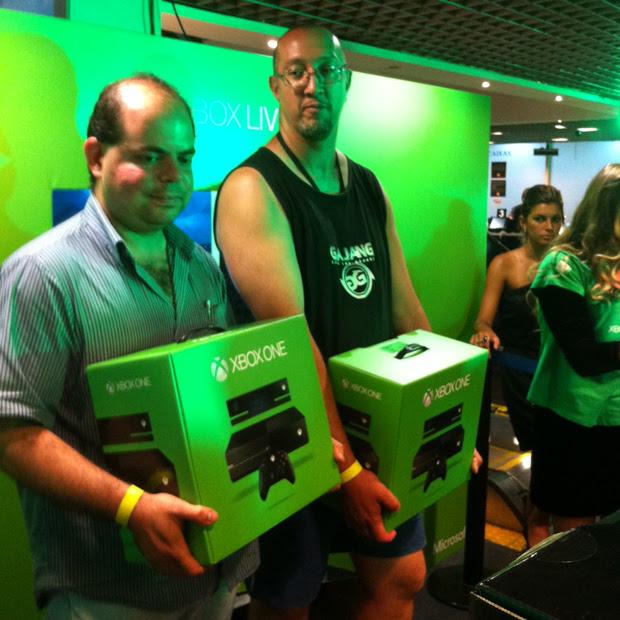 Paulo Roberto de Andrade, o primeiro comprador do Xbox One no Brasil (Foto: Leonardo Teixeira/ TechTudo)
