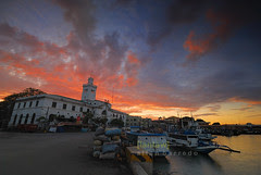 Sunset Colors in Muelle