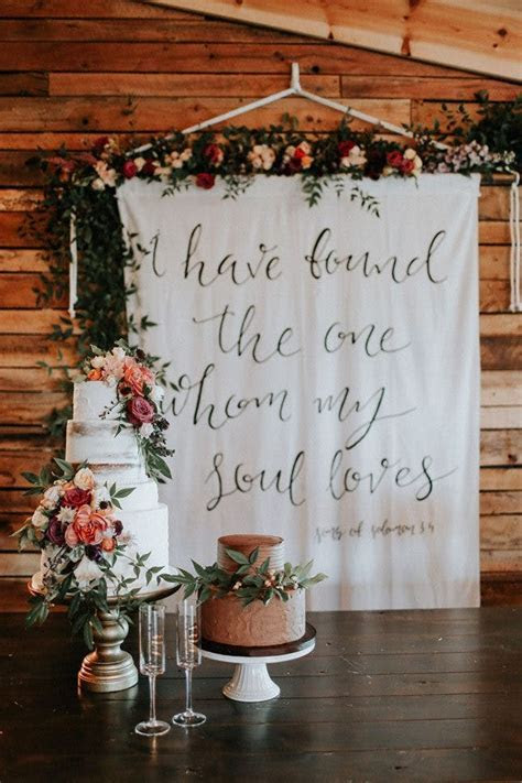 13 Breathtaking Feature Walls for Your Wedding Decor