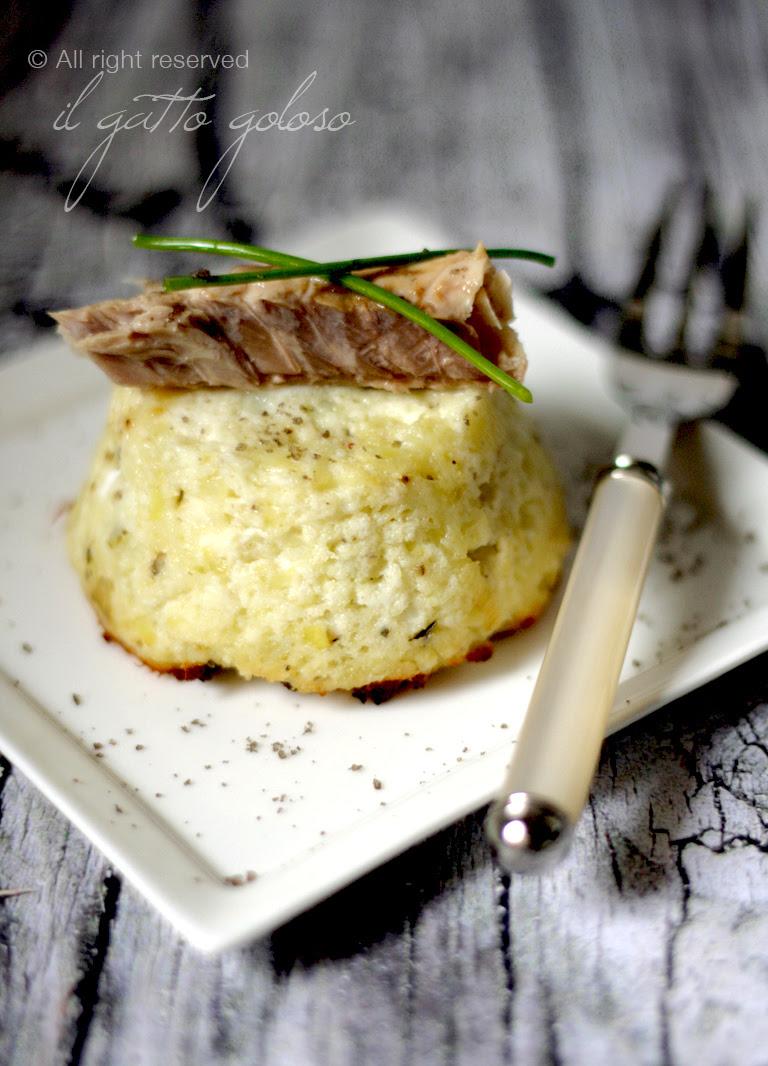 Tortino con patate, porro, ricotta e sgombro