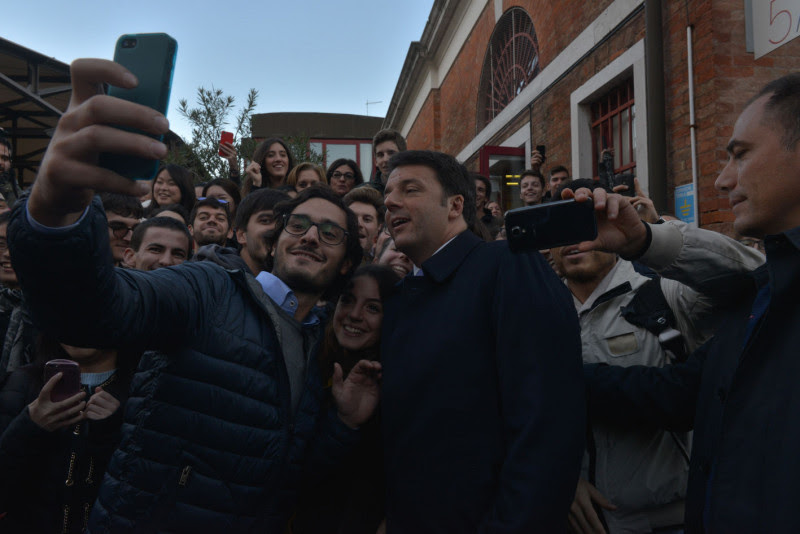 <p>Matteo Renzi, en una visita al campus universitario deSan Giobbe en Venecia en 2015.</p> <p></p>