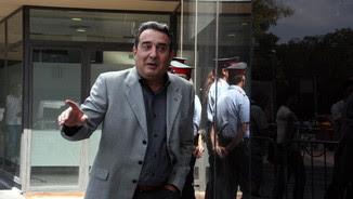 L'exalcalde de Sabadell Manuel Bustos, un dels imputats, a la sortida dels jutjats en una imatge d'arxiu (ACN)