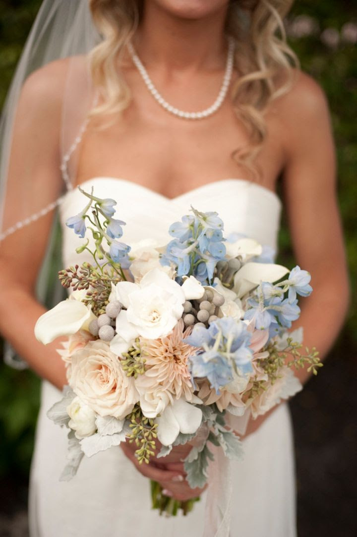 blue and gold wedding palette, blue and gold wedding colors