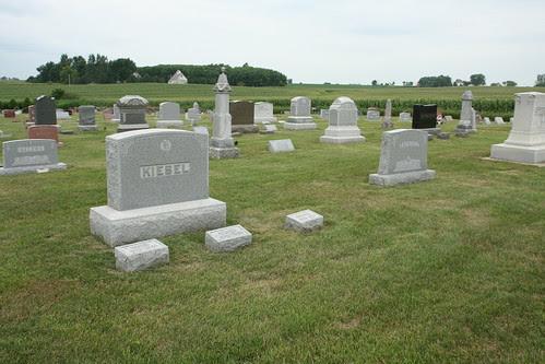 Kiesel and Homire tombstones