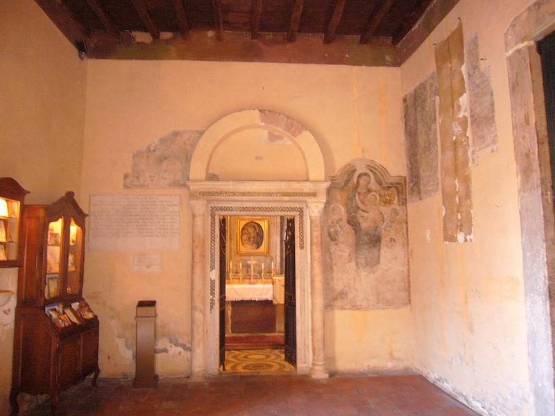 File:Trastevere - s Benedetto in Piscinula cappella ingresso 1040035.JPG