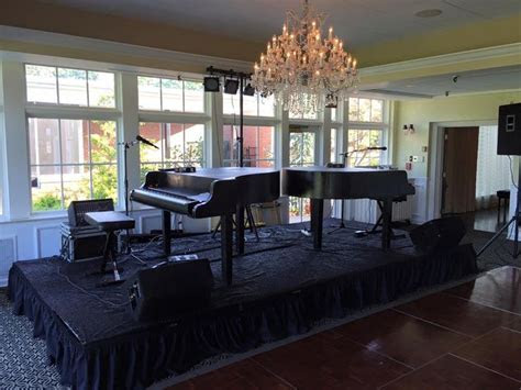DUELING PIANOS for a wedding reception at Algonquin