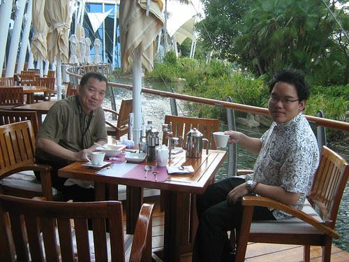 Breakfast during the last day of Dubai Film Fest 2008