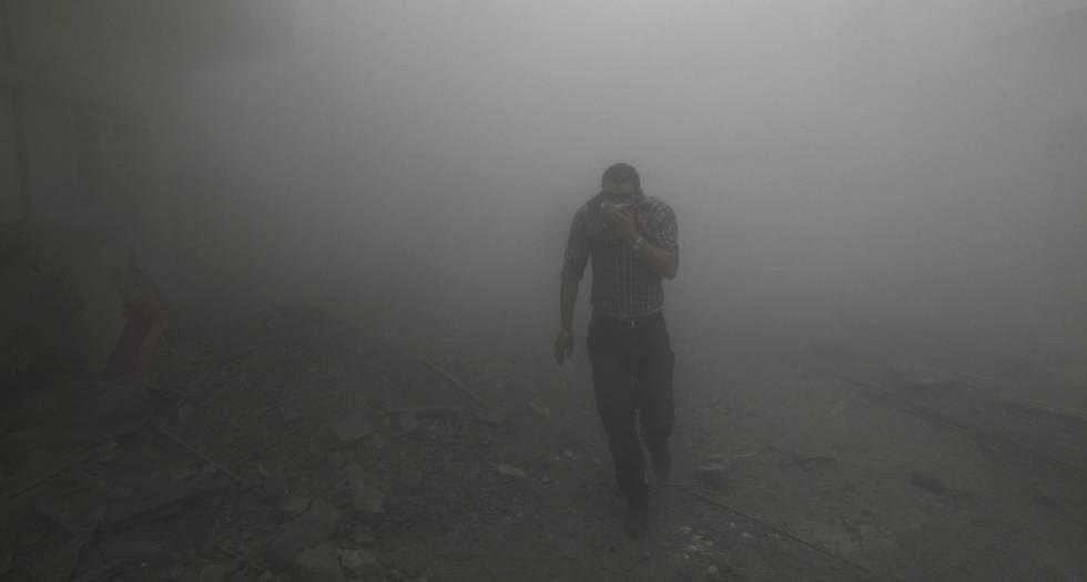 Ataque lanzado desde un avión de combate del régimen sirio en Raqa, en 2013.rn