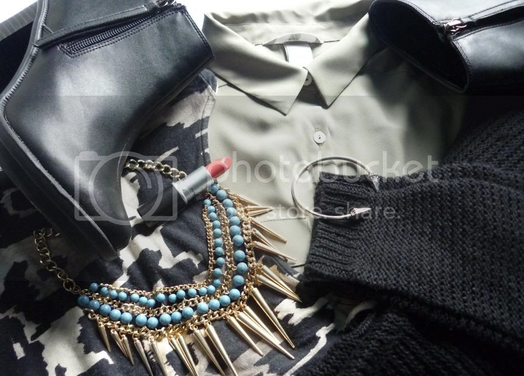 photo wardrobe-essentials-2013_zps3a085a45.jpg