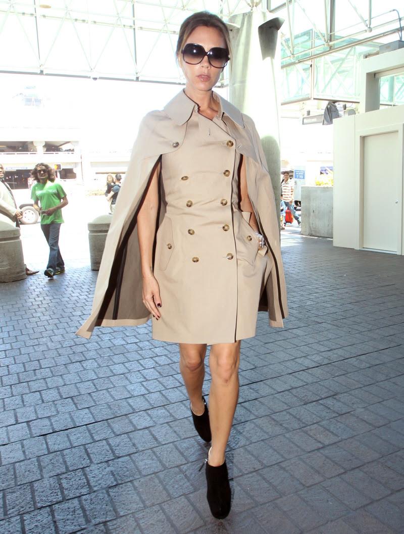 Znalezione obrazy dla zapytania Victorii Beckham  coat-dress Burberry