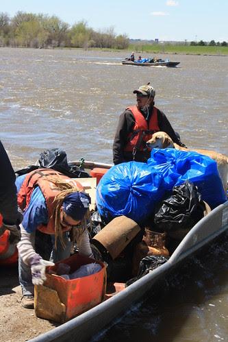 Omaha-Council Bluffs Missouri River Clean-up 4-30-11