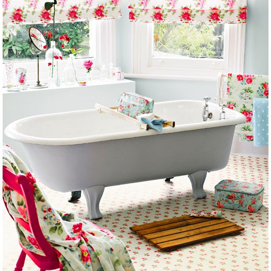 Rose Sprig White vinyl floor tiles from Cath Kidston ...