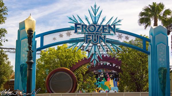 Disneyland Resort, Disney California Adventure, Hollywood Land, Mad, T, Party, Frozen, Fun