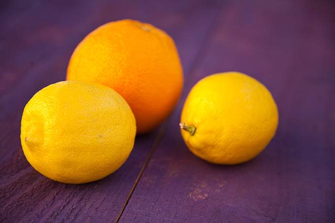 { weekend DIY } the fruit of my labor: faked weathered backgrounds for food photography