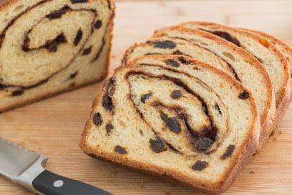 Homemade Cinnamon Raisin Bread | Tasty Kitchen: A Happy ...