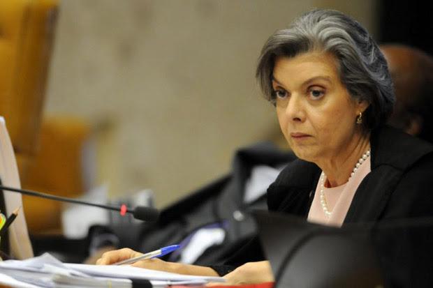 Ministra Cármen Lúcia, defendeu nesta quarta-feira a suspensão do convênio assinado com a Serasa. Foto: Iano Andrade/CB/D.A Press/Arquivo