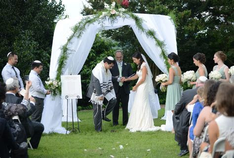 Breaking The Glass   The Big Fat Jewish Wedding