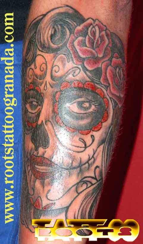 Tatuaje Catrina Con Color Rojo Tradicional Old School Antebrazo