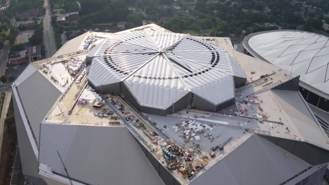 A Time-Lapse of the Roof Closing at Mercedes-Benz Stadium ...