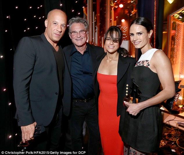 Furioso quatro: Depois de receber seu prêmio Blockbuster com Vin Diesel, o grupo foi felicitado pela sua co-estrela de Mr. Nobody si mesmo, Kurt Russell