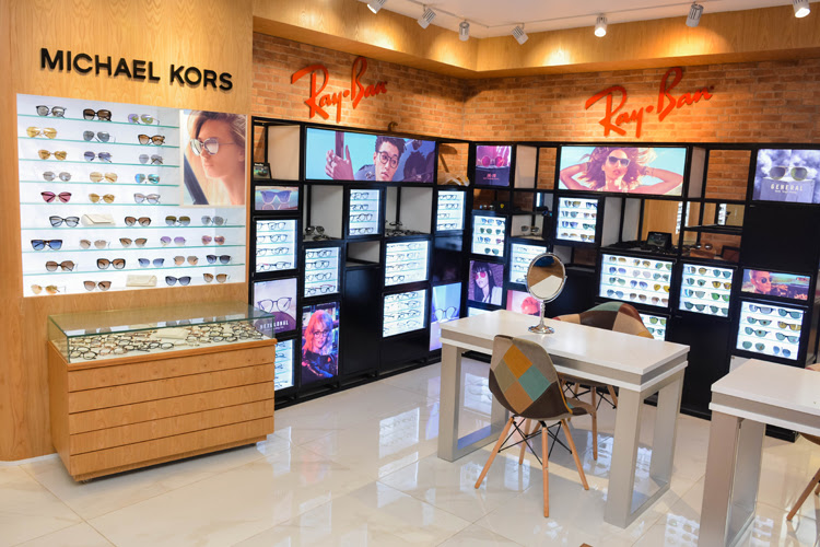 Vision Care opens new outlet at the Colombo City Centre