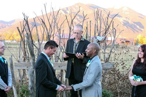 Eloping in Taos   Embracing Ceremony