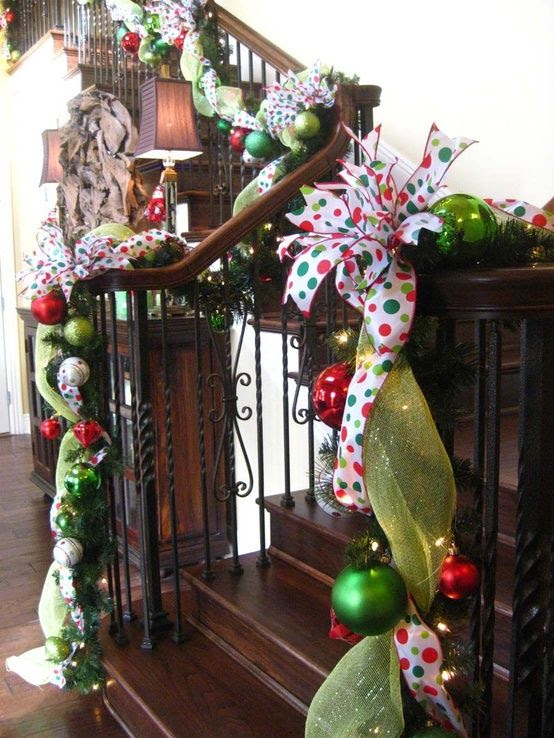 71 Awesome Christmas Stairs Decoration Ideas | ... | Christmas Decor,…