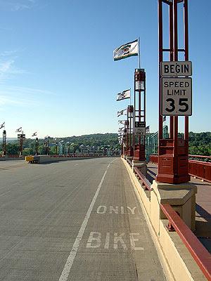 Wabasha Bridge Bike Lane
