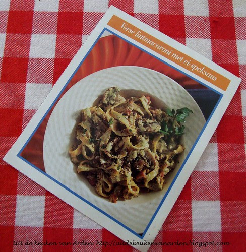 Recept lintmacaroni met ei-speksaus