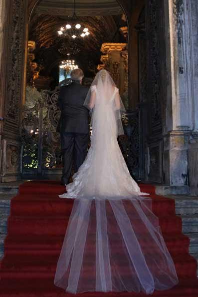 O belíssimo véu da noiva