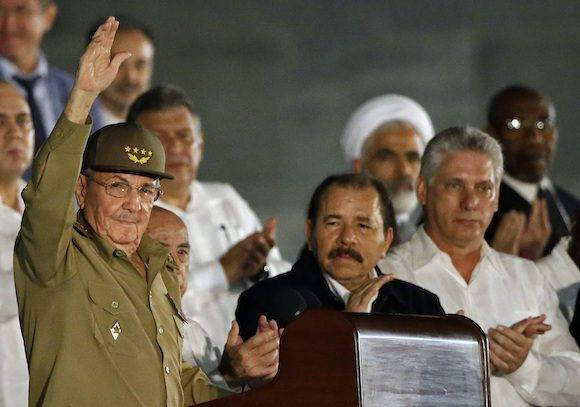 Raúl y Daniel Ortega. Foto: Ricardo Mazalan/ AP