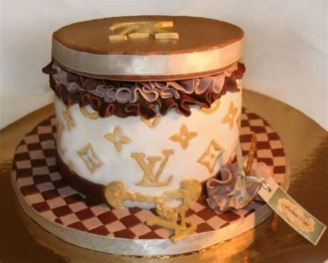 Three toned Louis Vuitton cake images