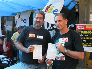 professores acampados (Foto: Carolina Lauriano / G1)