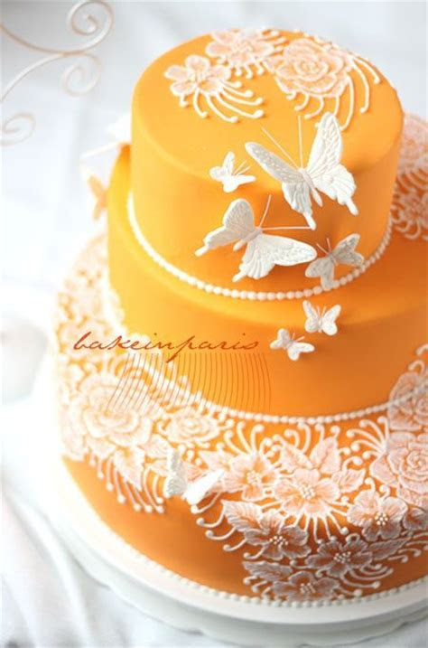 25  best ideas about Brush embroidery cake on Pinterest