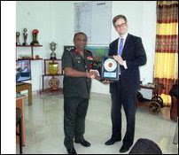 British Defence Attache visiting Tha'n'ni-mu'rippu