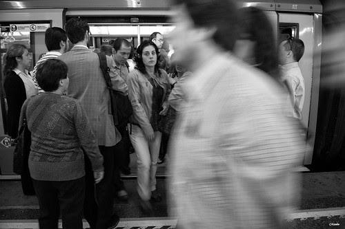 Justo me miro by Alejandro Bonilla