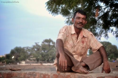 """Photo, Sir, Photo"" by Nitesh Bhatia (navapalavalabhatia)"
