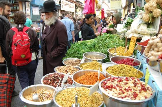 El ritmo de venta en este gran bazar suele ser vertiginoso.