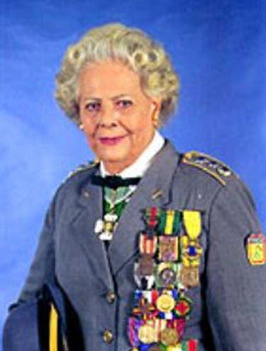 Major Elza é a mulher mais condecorada no Brasil                 (Foto: Divulgação/CML)