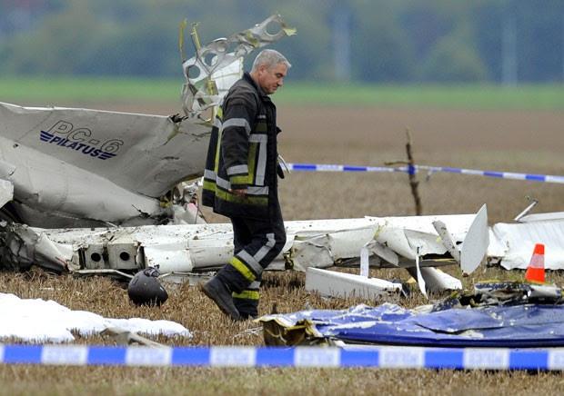 Avião caiu 10 minutos após decolar do aeródromo de Temploux (Foto: John Thys/Belga/AFP)