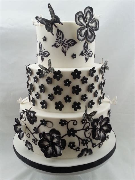 Brush Embroidery Flowers Directly On Cake And Gumpaste