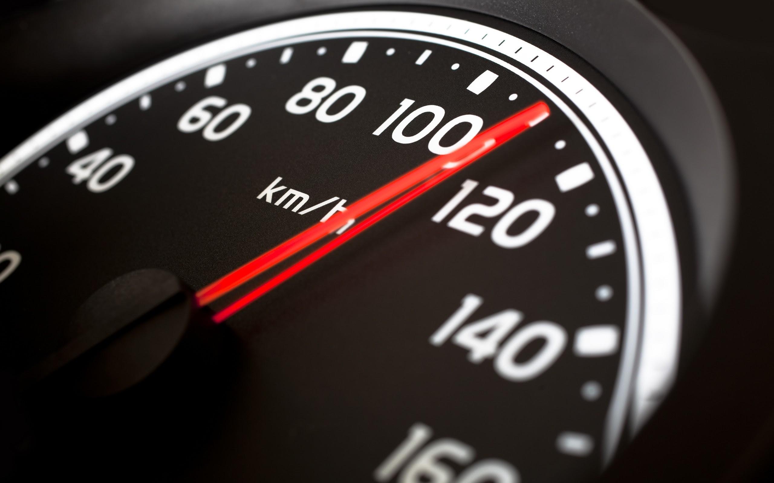 kecepatan dan kelajuan