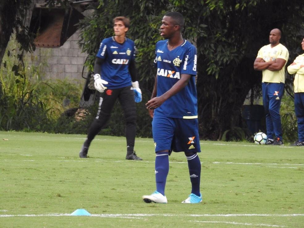 Vinicius Junior participa de atividade técnica no Ninho do Urubu (Foto: Fred Gomes)