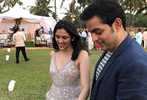 Mukesh Ambani's son Akash proposes to Shloka Mehta