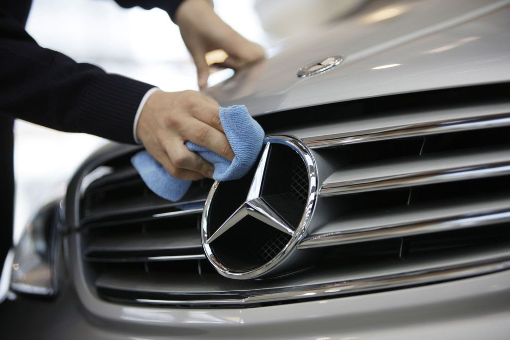 Mercedes Benz Recommended Service Requirements - AUTOINTHEBOX