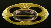 Art Deco amethyst brooch. (J9398)