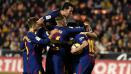 Indosport - Para pemain Barcelona berselebrasi usai mencetak gol.
