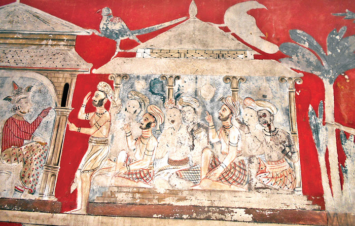A section of the murals. Picture by NIMAL WIJAYATUNGA, Eheliyagoda Special Corr.